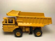 The ERTL Co. International Harvester Hydraulic Earth Mover Dump Truck 110-0002