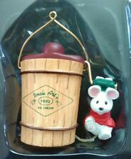 Hallmark Ornament - Uncle Art's Ice Cream - Mouse with Ice Cream Maker - 1992