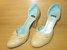 BERTIE LIGHT SAND LEATHER CUT OUT SIDES BOW DETAIL HIGH BLOCK SHOES UK SIZE 6