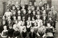 OLD PHOTO School Class at the Aspinal School in Gorton, Manchester,1921
