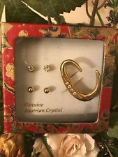 """jewelry Set Two Pair Of Stud Earring W/ """"C"""" Letter Pin Gold Austrian Crystal"""