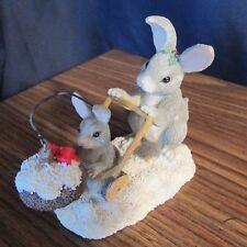 Charming Tails Figurine, Sylvestri 'Christmas Stroll', Mama & Baby Bunny Rabbit