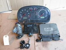 Motorsteuergerät Schlüssel Tacho Komfort 06A906019AK VW Bora 1J2 1.6 Bj 99 17855