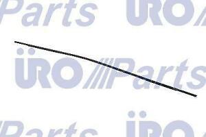 For BMW 550i  M5  525i  530i  535i  528i  530xi Front Upper Windshield Molding