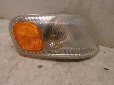 98 99 00 Toyota Corolla Right Side Corner Park Light Fender Mounted