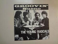"YOUNG RASCALS: Groovin' 2:25- Sueno 2:45-Sweden 7"" 1967 Atlantic ATL 70.209 PSL"