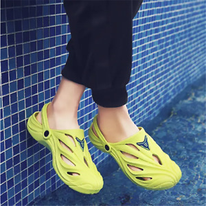 Men Summer Non-Slip Light Hole Slippers Soft EVA Sandals Casual Beach Flat Shoes