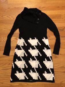 NEW DIRECTIONS 4 J CREW Chevron Black & White Sweater Dress Womens Size S 👗#c5