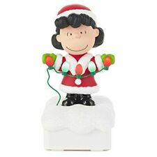 2015 Hallmark Peanuts Gang Christmas Light Show - Lucy