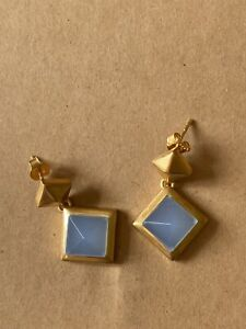 Sterling Silver 925 with 18k gold plated blue chalcedony pyramid drop earrings