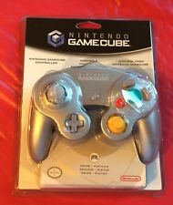 Official Nintendo Gamecube controller ...Platinum / Silver ..NeW! SealED!!