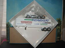 WINROSS 1/64 TEKNION OFFICE FURNITURE TRACTOR AND TRAILER *