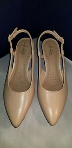 Clarks Womens Linvale Loop Slingback Dress Pumps Nude Leather Size 7.5 Wide
