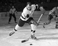 Gordie Howe Unsigned 8x10 Photo Detroit Red Wings (BB)