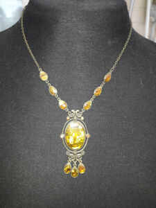 Vintage Quality Fire Agate Drop Necklace on Brass Mountings