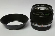 Olympus Zuiko Auto-W  2,0 / 28 mm Objektiv für analoge OM Kameras