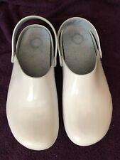 Medical Nursing Slip-on Shoes / Clogs, Womens 10-10.5 Wide White