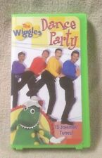 THE WIGGLES DANCE PARTY Children's Vhs Video Tape Lyrick Studios 15 Songs Music