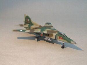 Built  ;   Mikoyan-Gurevich   MiG-27     in  Algerian    Service   1/72 scale