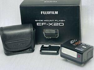 [UNUSED in BOX] Fujifilm EF-X20 Shoe Mount TTL Flash For Fuji X #740