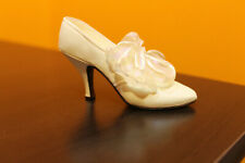 """Raine Just The Right Shoe miniature shoe """"Tying The Knot"""" item #25008 with box"""