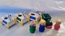 Vtg Fisher Price Little People LITTLE RIDERS: Train & 3 Horses + Mom, Dad & Girl