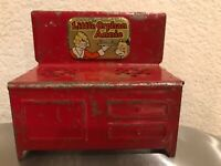Antique Toy Stove Oven Little Orphan Annie w/ dog Sandy Louis Marx Vintage 1930s