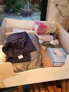 Complete Whelping Kit dog welping bed & box of puppy birthing bits