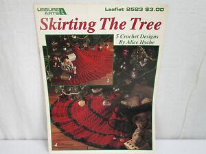 Leisure Arts Leaflet #2523 Skirting the Tree 5 Designs Christmas Crochet Booklet