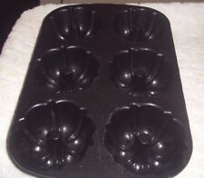 """Nordic Ware Bundt Non Stick Pan Fluted Muffin Cast Aluminum 6 At One Time 14"""" L"""