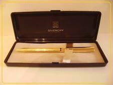 GIVENCHY Stylo-Bille , plaqué or , dans sa boîte d'origine.