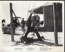 Paul Newman The Life and Times of Judge Roy Bean 1972 original movie photo 30506