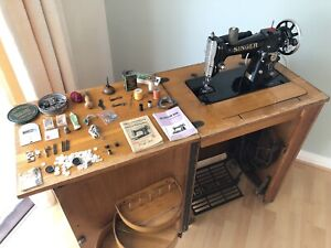 VINTAGE SINGER 206 K SEWING MACHINE WITH TREADLE & CABINET RARE  ZIG ZAG EXTRAS