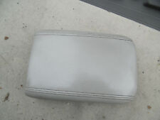 07 - 10 SATURN OUTLOOK CONSOLE LID GREY