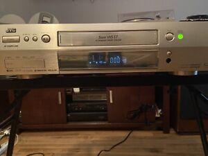 JVC HR-S9500U Model SUPER VHS SVHS VCR W/Remote One Owner
