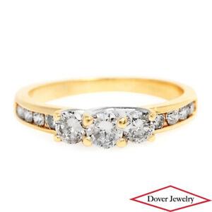 Estate Diamond 10K Gold Lovely Engagement Ring NR