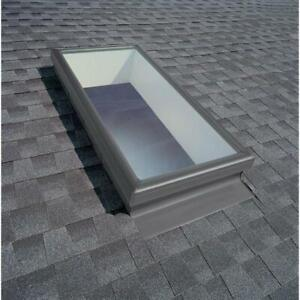 Fixed Skylight Curb-Mount w/ Tempered Low-E3 Glass 22-1/2 in. x 46-1/2 in. Velux
