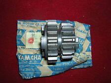 Yamaha TD2/TD2B 3rd/4th Gear 17/20T Genuine yamaha. NEUF B70Q,