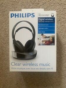 Phillips Digital Wireless TV Studio Headphones SHD8600 - Brand New