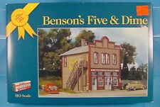HO WALTHERS CORNERSTONE GOLD RIBBON 933-3613  BENSON'S FIVE & DIME STRUCTURE KIT