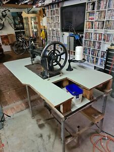 Singer 7-5 Large Industrial Machine Usef By My Old Dad For Horse Rug Repairs