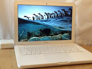 "Macbook White 13"" in Custom Upgrade 2.26Ghz 4GB RAM 1TB SSHD solid state hybrid"