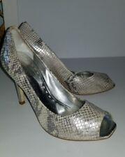 c7b2a326923557 Gianni Bini silver metallic snakeskin look peeptoe heels pumps. 7.5