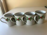 SET OF 4 SCHMIDT HOLLY BERRY COFFEE/HOT CHOCOLATE MUGS