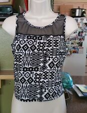 Womens Wet Seal Size M Black & White Mesh Front-Back Tank Top Sleeveless