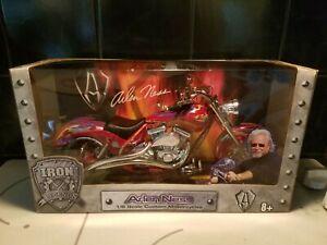 1/6 Custom Harley Davidson Arlen Ness NIB Motorcycle Iron Legends by Toy Zone