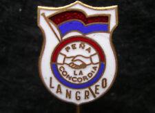 Chile , Pena La Concordia Langreo , Football Soccer Pin Badge Enameled
