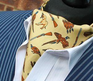 Seide Krawatte Ascot. Qualität Hand Made in UK. Huntsman Licht Gold dbc09-19202-9