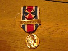 Médaille  des S/Officiers de Réserve   avec sa barrette  SERVIR