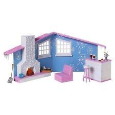 Bratz Snow Kissed Winter Lodge Dollhouse Furniture Doll Playset
